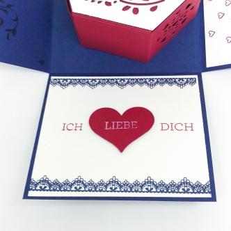 stampin-up-berlin-explosionsbox-geschenk-valentinstag-fensterschachtel-delicate-details-herzblatt-9-mitliebeundpapier-wordpress-com