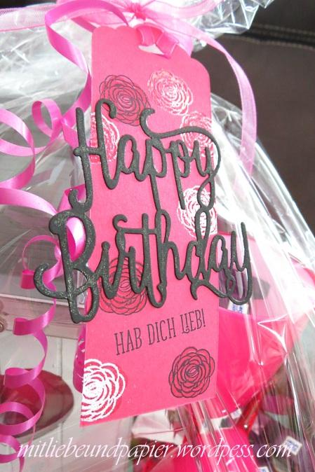 Stampin' Up Berlin DIY Geschenk Geschenkanhänger Anhängerstanze Thinlits Happy Birthday Gorgeous 2