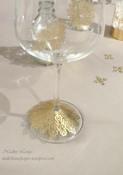 Stampin' Up! Berlin DIY Tischdeko gold weiß Weihnachten Flockenreigen Metallicschneeflocke Gastgeschenke Teelichter 9 mitliebeundpapier.wordpress.com
